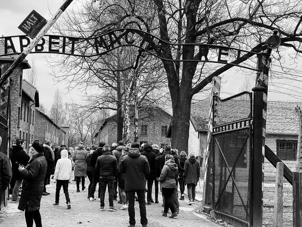 Auschwitz-Birkenau - Arbeit Macht Frei